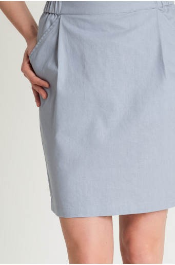 Lniana spódnica z zakładkami