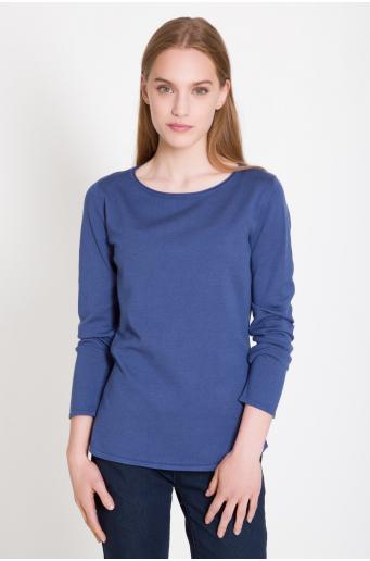 Miękki sweter z łezką z tyłu