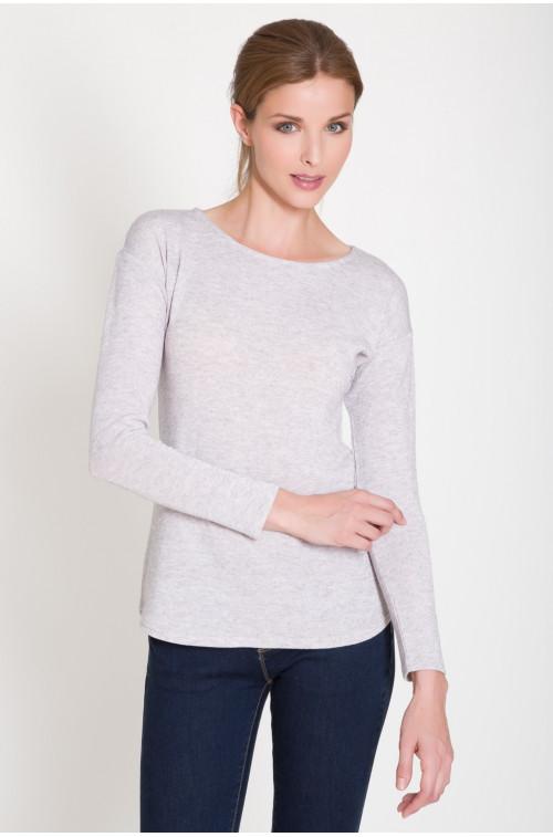Miękki, cienki sweter z długim rękawem