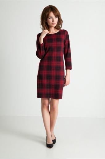 Sukienka w czerwoną kratę
