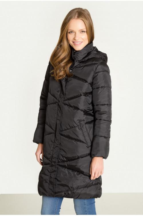 Długi pikowany płaszcz z kapturem