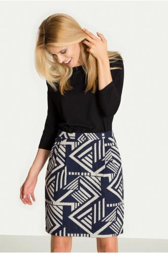 Spódnica z motywem geometrycznym