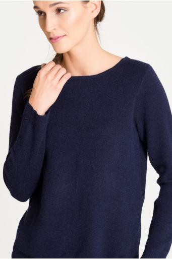 Ciepły klasyczny sweter