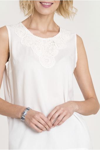 Wiskozowa bluzka z ozdobnym haftem