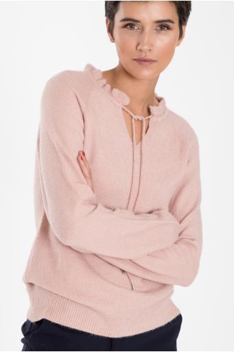 Ciepły sweter z dekoracyjnym wiązaniem