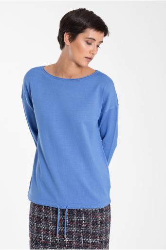 Klasyczny sweter z troczkiem