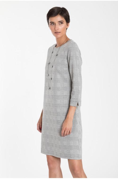 Sukienka dzianinowa z motywem kraty