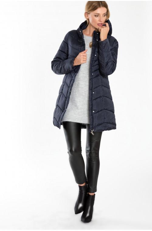 Pikowany, dopasowany płaszcz z kapturem
