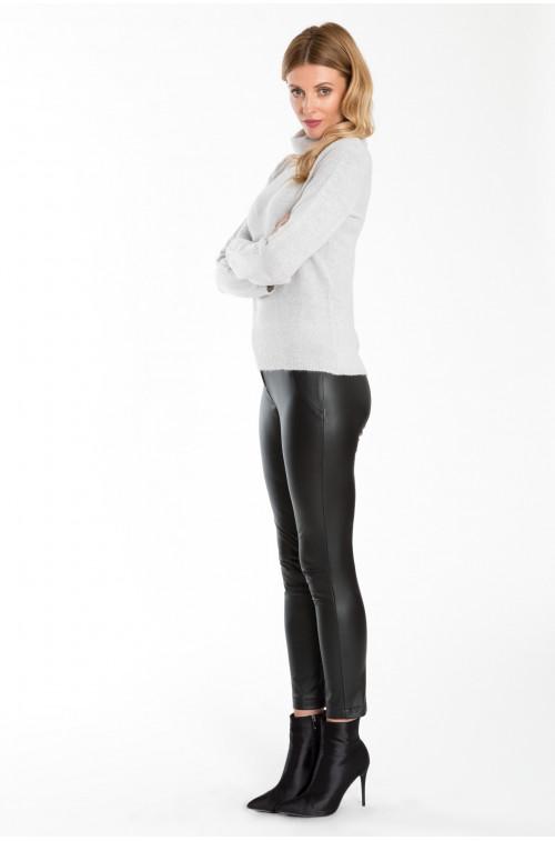Spodnie z ekologicznej skóry
