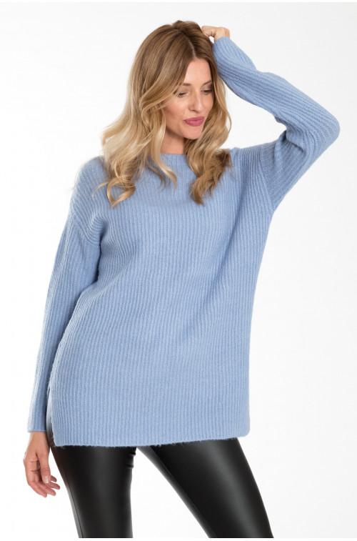 Luźny, ciepły sweter ze stójką
