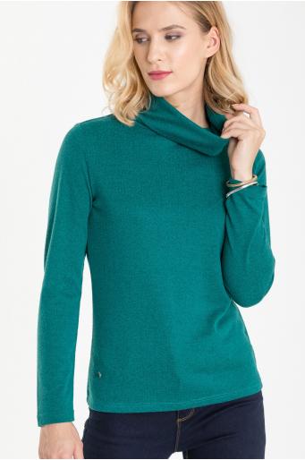 Miękki sweter z golfem