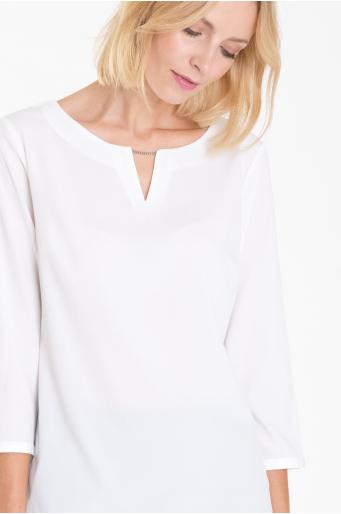 Elegancka bluzka z ozdobnym łańcuszkiem