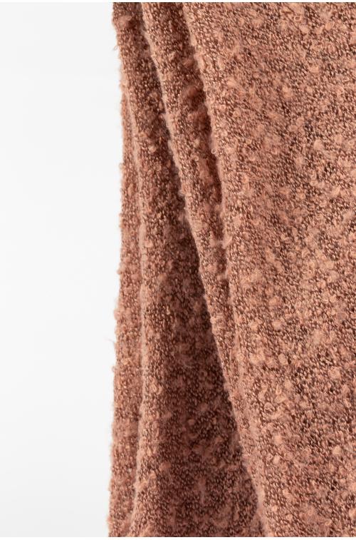 Ciepły różowy szal