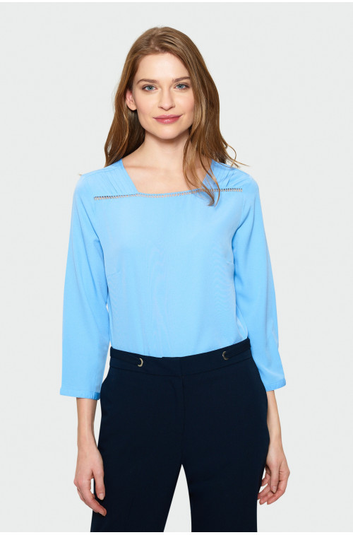 Niebieska elegancka bluzka z merażką