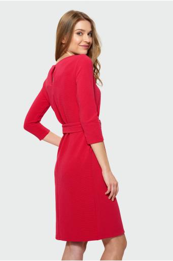 Różowa sukienka dzianinowa