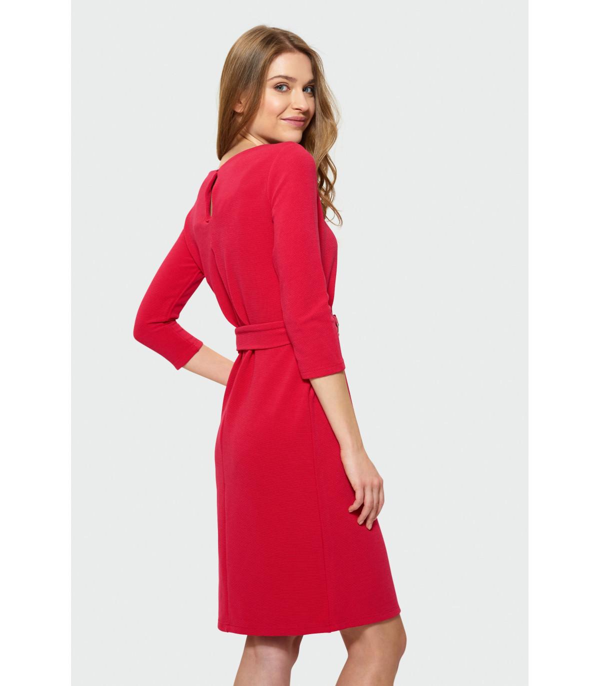 71112ccb66 Czerwona sukienka z paskiem Rozmiar 40 Kolor S19REROU