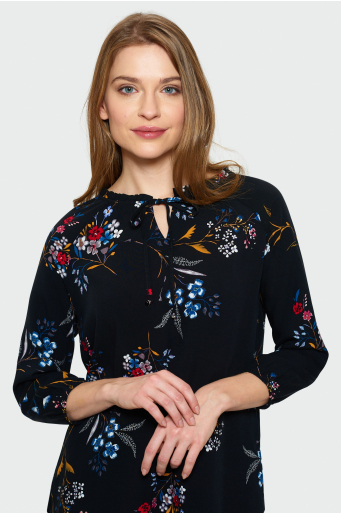 Wiskozowa bluzka z ozdobną falbanką