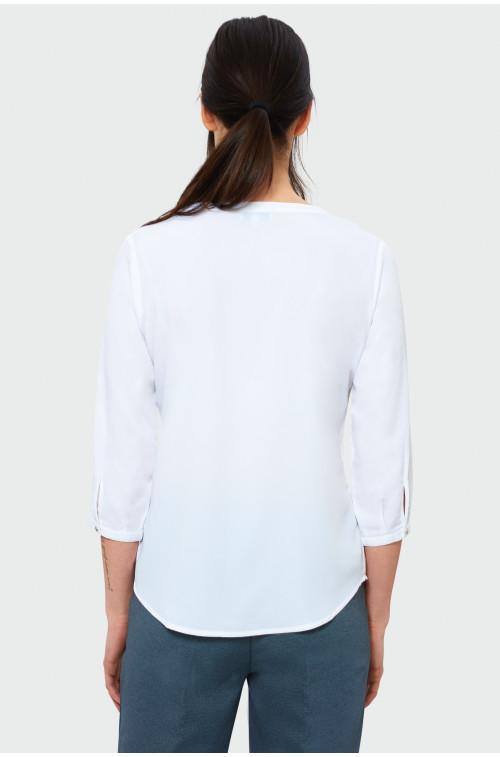 Biała bluzka z dekoltem w serek