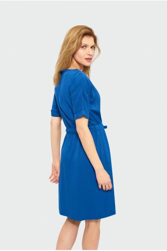 Sukienka z wiązanym dekoltem