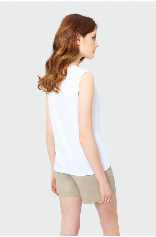 Klasyczny biały top
