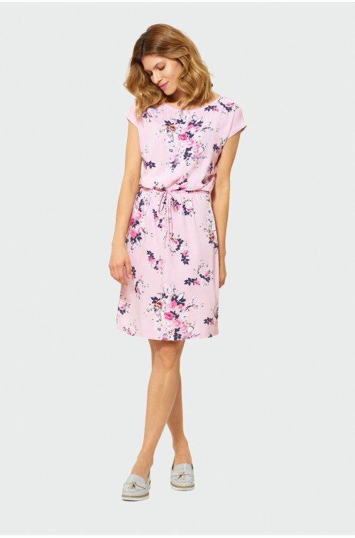 Luźna sukienka w kwiaty