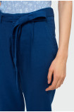 Granatowe spodnie z paskiem
