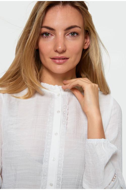 Rozpinana bluzka z koronką