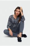 Jeansowe spodnie o dopasowanym kroju