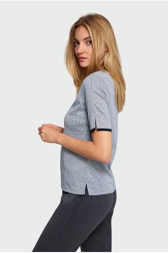 Wzorzysta bluzka dzianinowa