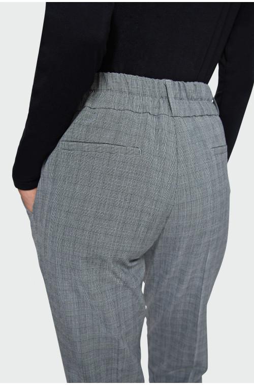 Eleganckie spodnie o klasycznym kroju w kratę