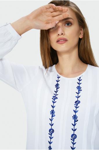 Bluzka wiskozowa z haftem