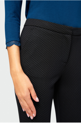 Eleganckie spodnie o dopasowanym kroju