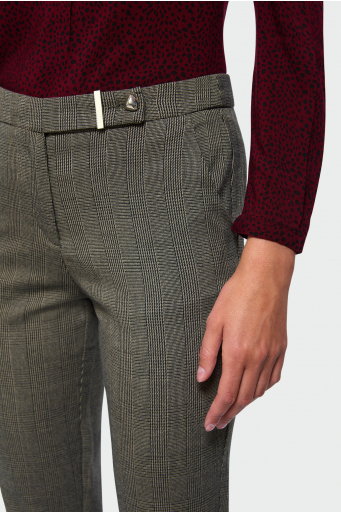 Spodnie o prostym kroju w drobną kratę