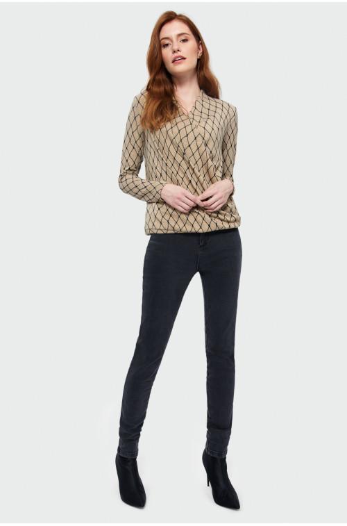 Elegancki sweter z nadrukiem