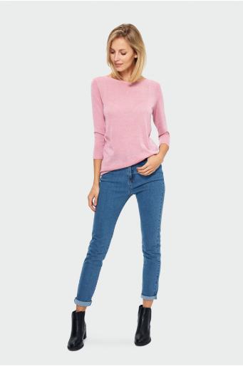 Elegancki sweter o dopasowanym kroju