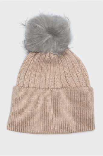 Ciepła czapka z pomponem