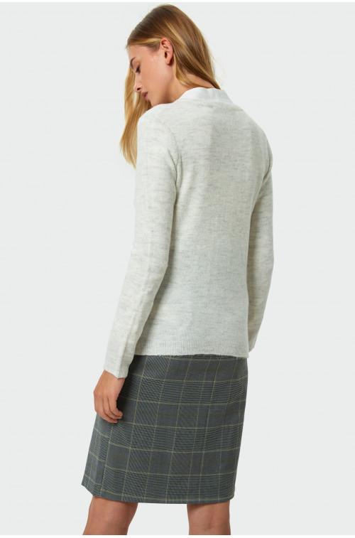 Sweter rozpinany o dopasowanym kroju