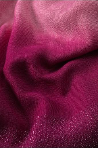 Elegancki szal z błyszczącą nitką