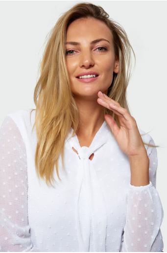 Biała bluzka z wiązaniem