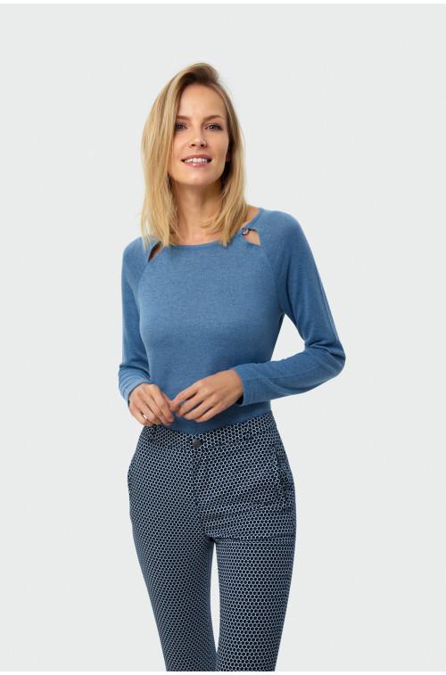Sweter z ozdobnym detalem