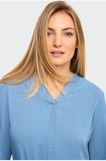 Bluzka z podwijanymi rękawami