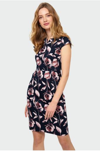 Dopasowana sukienka z nadrukiem