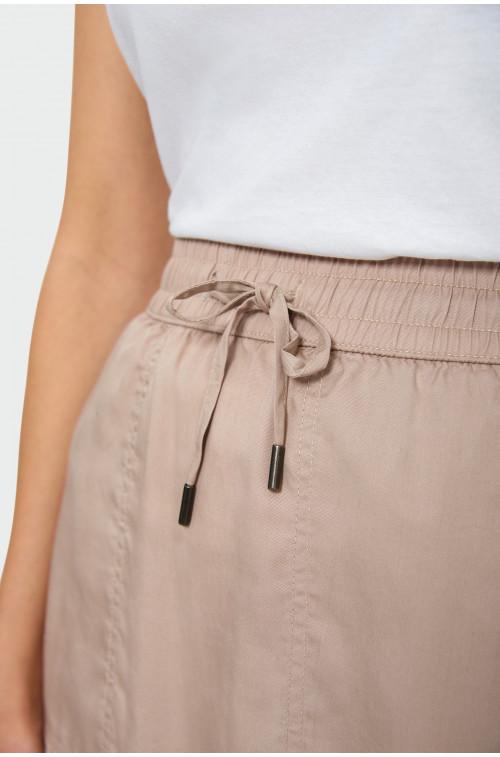 Spódnica z troczkiem