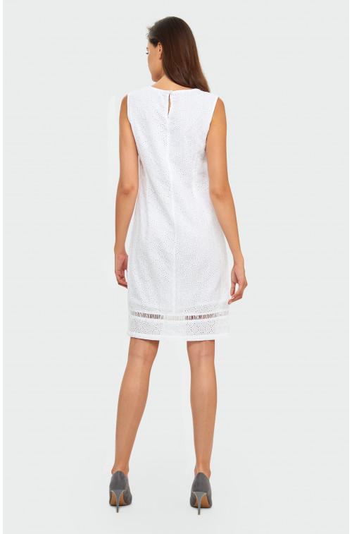 Haftowana sukienka