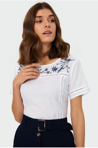 Bluzka z merażkami i haftem