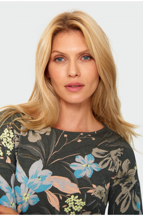 Bluzka z kwiatowym nadrukiem