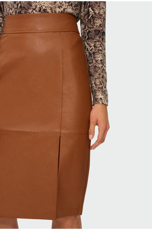 Ołówkowa spódnica z ekologicznej skóry