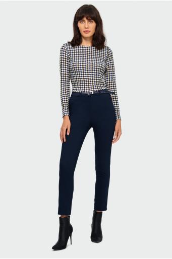 Klasyczne spodnie w kant z paskiem