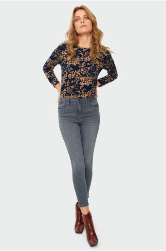 Jeansowe dopasowane spodnie