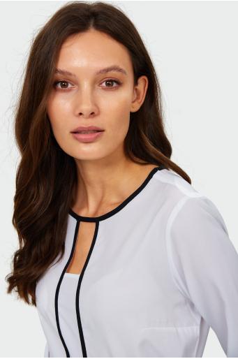 Elegancka bluzka z kontrastowymi lamówkami